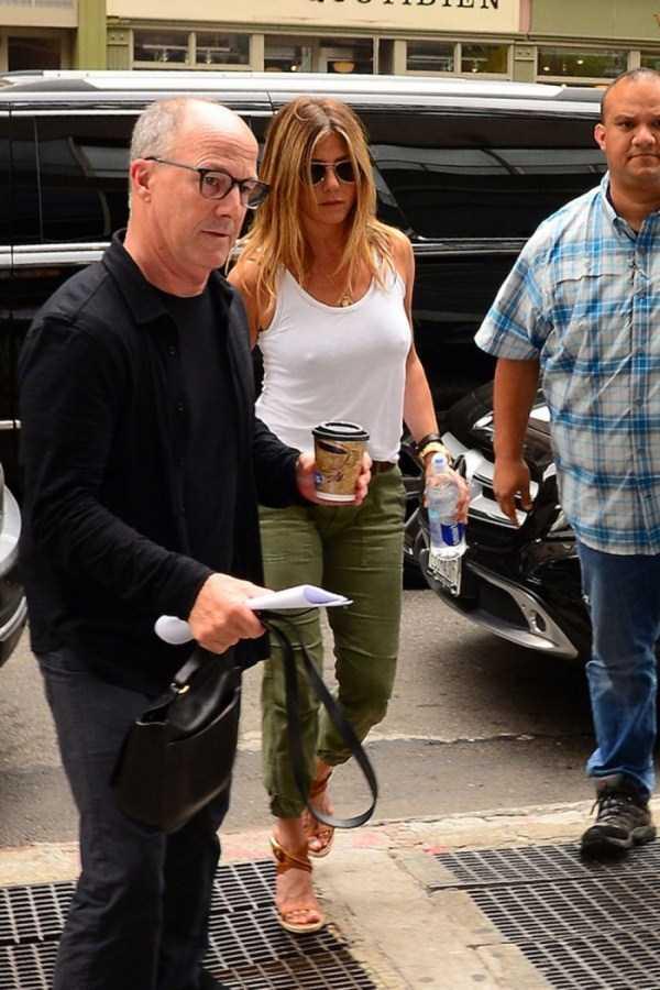 hot-Jennifer-Aniston (9)