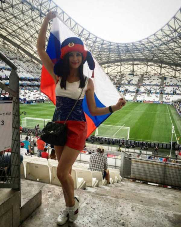 hot-euro-2016-female-fans (1)
