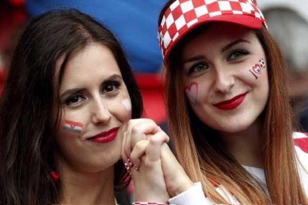 hot-euro-2016-female-fans (12)