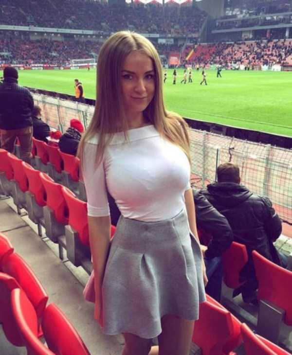 Hot Girls At Euro 2016  Klykercom-2539