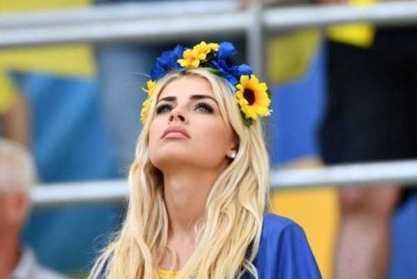 hot-euro-2016-female-fans (42)