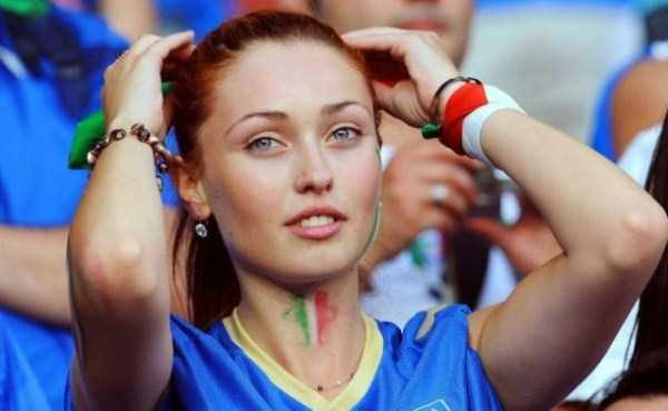 hot-euro-2016-female-fans (9)