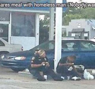 55 Admirable Examples of Humanity (55 photos)