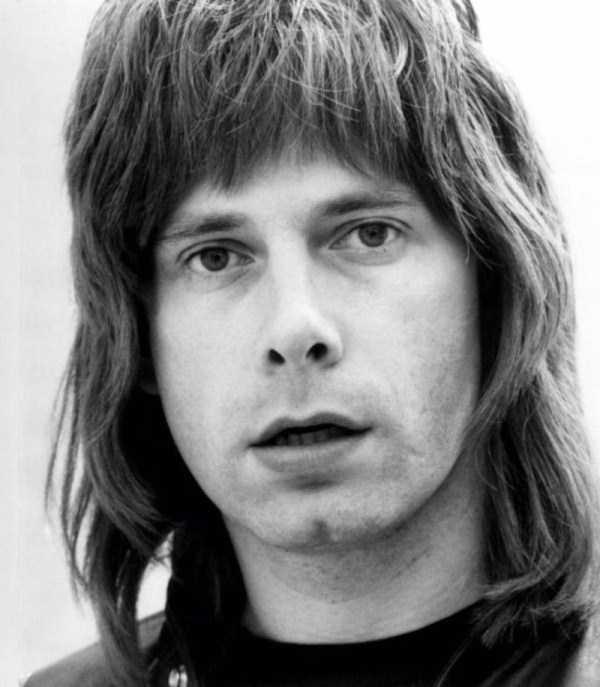 men-haircuts-1970s (8)