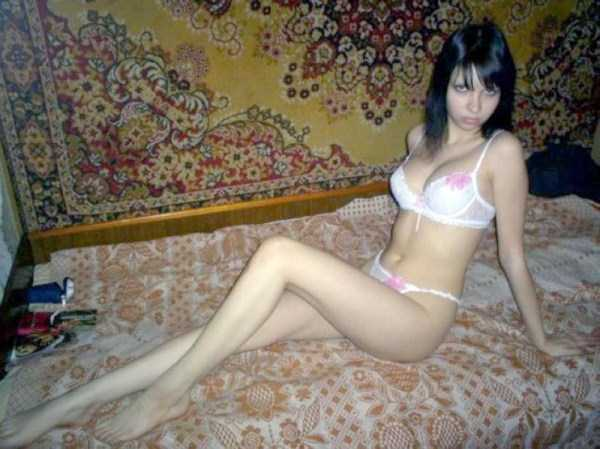 russian-girls-love-rugs (27)