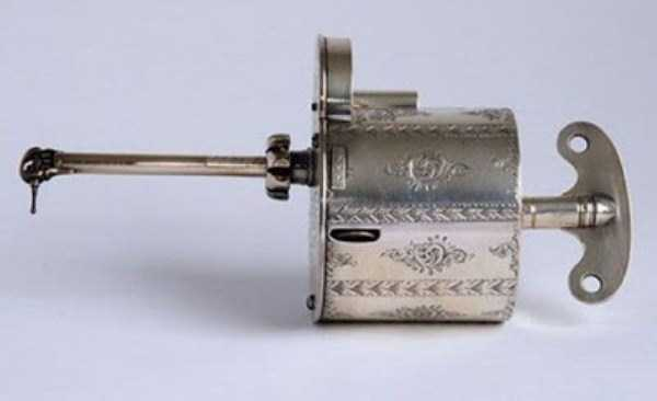 dental-equipment-from-the-past (19)