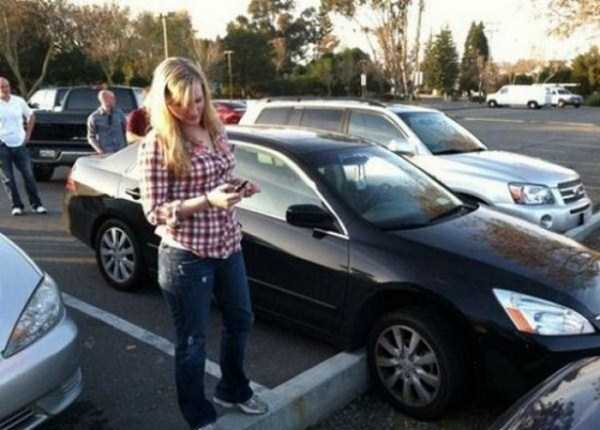 female-drivers-fails (11)