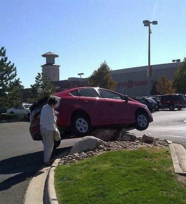 female-drivers-fails (15)