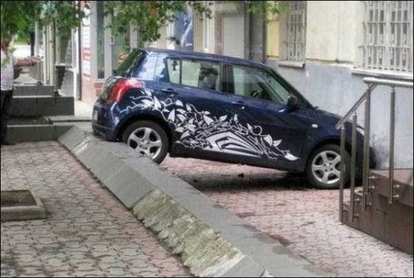 female-drivers-fails (19)