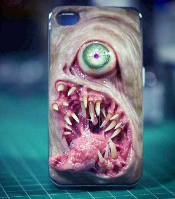 horror-smartphone-cases (11)