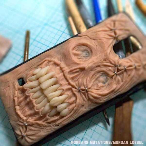 horror-smartphone-cases (5)