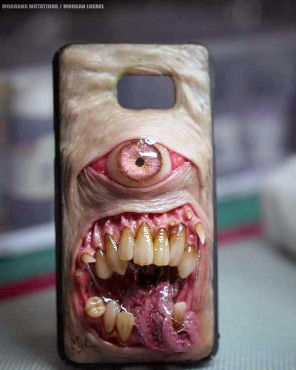 horror-smartphone-cases (6)