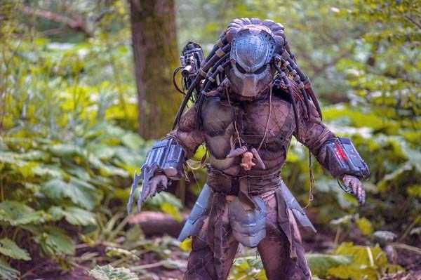 predator-costume (6)
