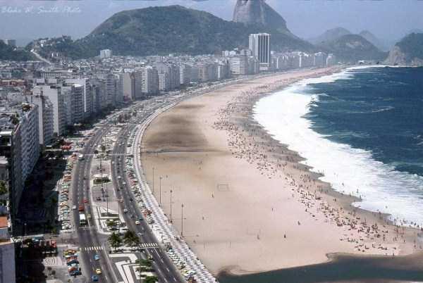 rio-de-janeiro-beaches-1978 (1)