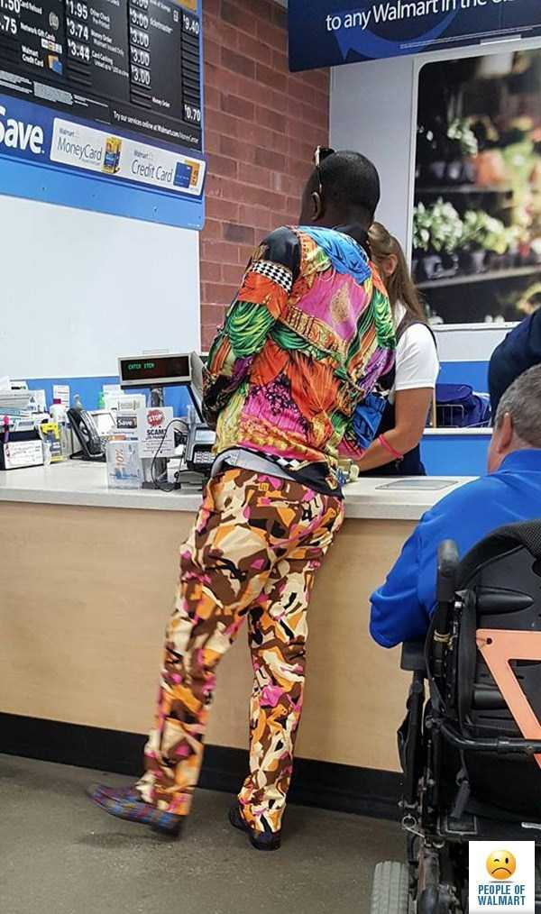 weird-people-of-walmart (23)