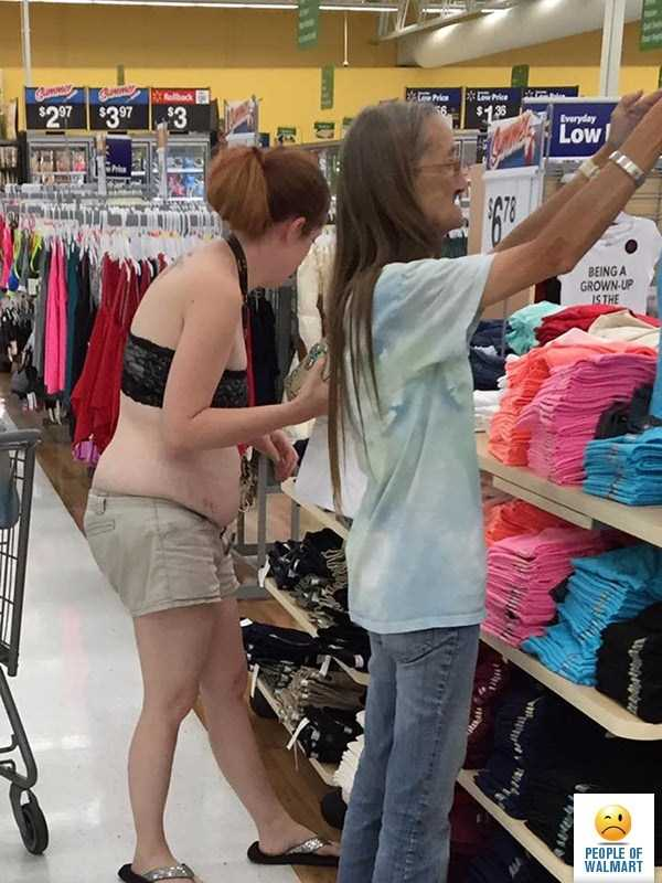 weird-people-of-walmart (8)