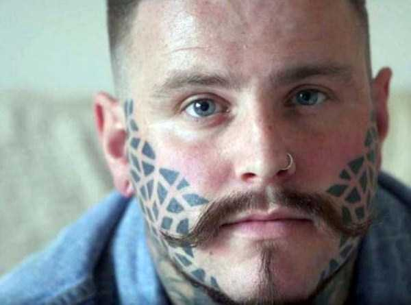 worst-face-tattoos (26)