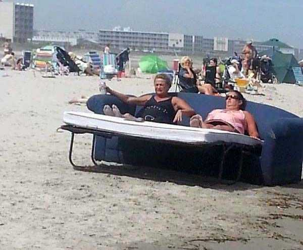 Funny-Beach-Photos (25)