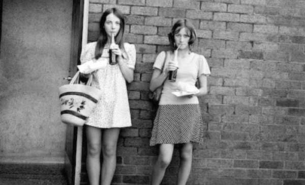 sexy-girls-70s-(25)