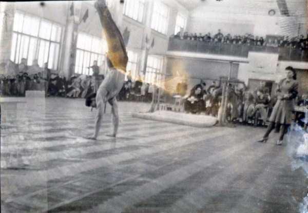 soviet-gymnasts-after-world-war-ii (10)