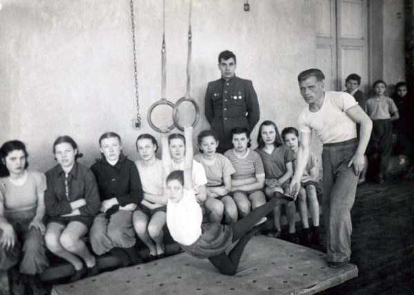 soviet-gymnasts-after-world-war-ii (23)