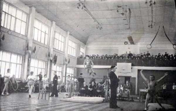soviet-gymnasts-after-world-war-ii (9)