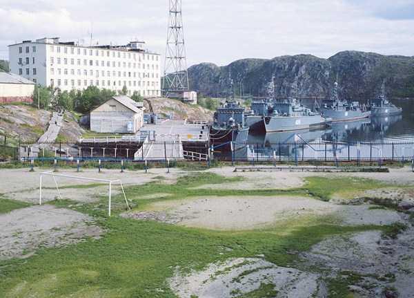 unusual-soccer-fields (13)