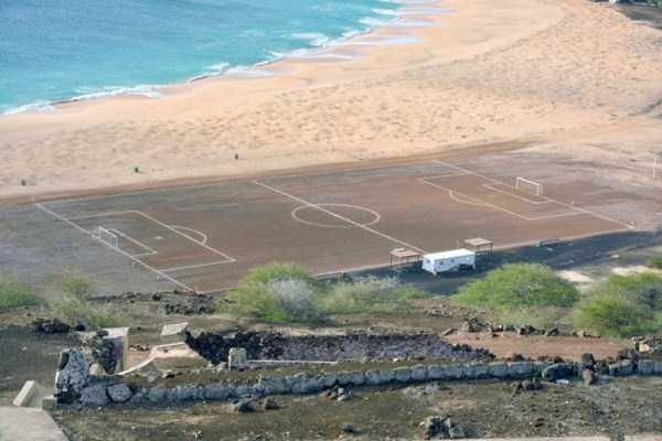 unusual-soccer-fields (20)