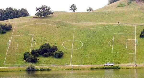unusual-soccer-fields (21)