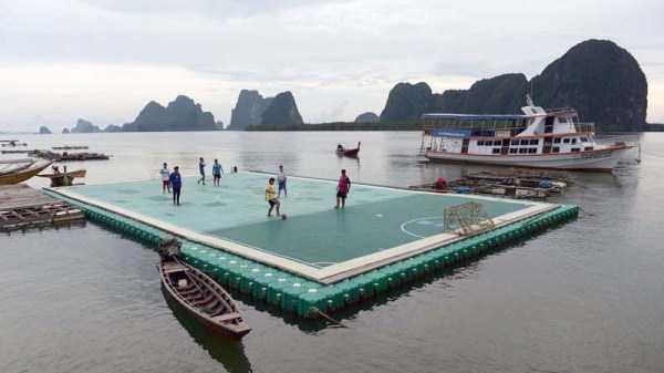 unusual-soccer-fields (6)
