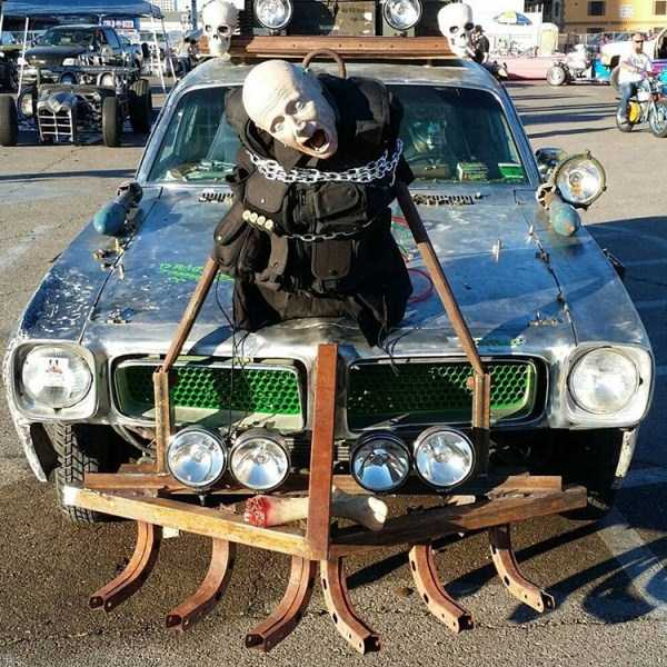 zombie-killing-cars (14)