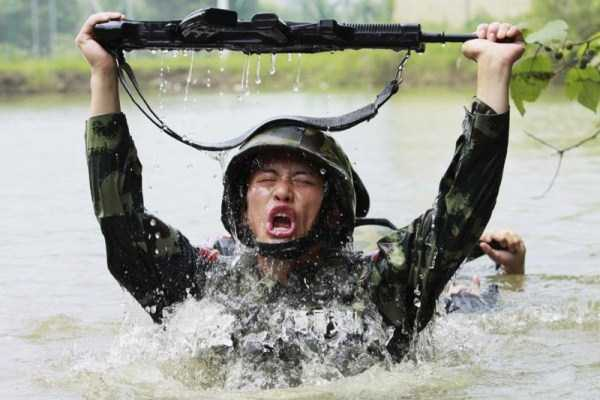 chinese-soldiers-training-10