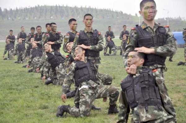 chinese-soldiers-training-11
