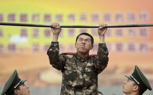 chinese-soldiers-training-25