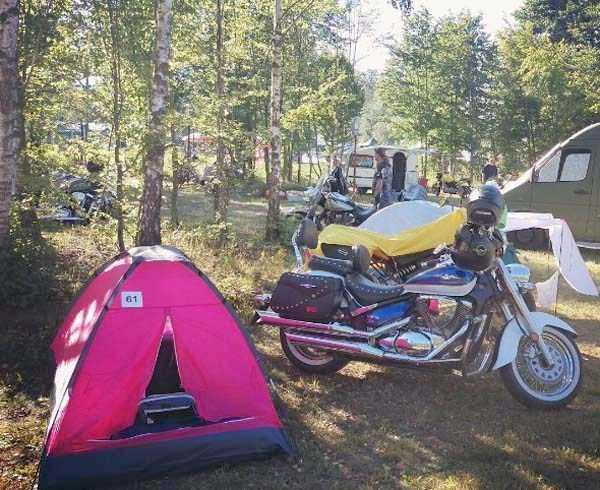 fun-camping-photos-33