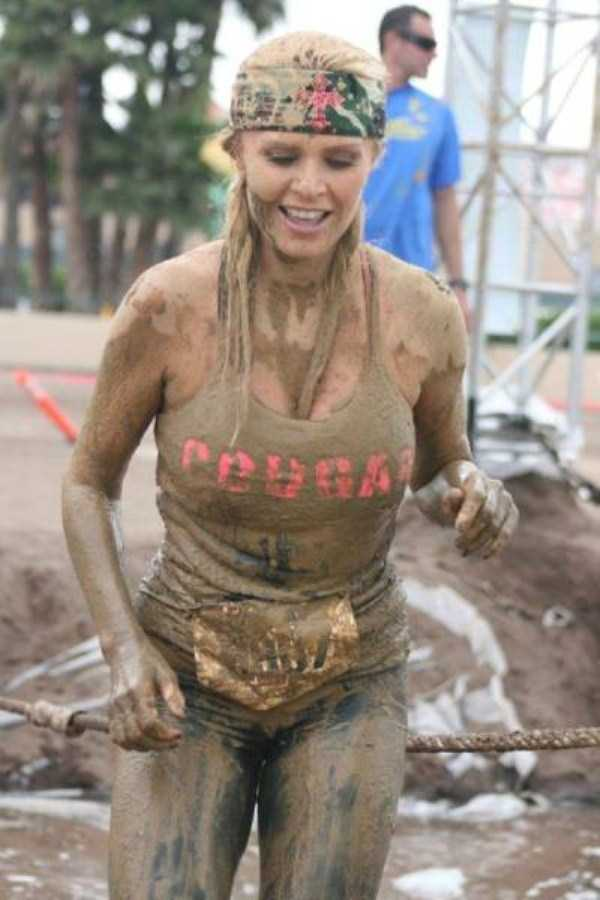 girls-covered-in-dirt-6