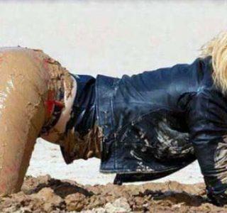 Dirty Girls, Literally (71 photos)