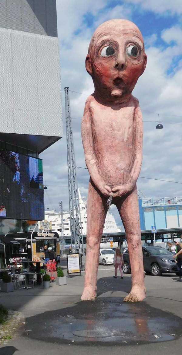 ridiculous-idiotic-sculptures (17)