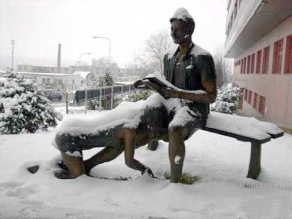 ridiculous-idiotic-sculptures (20)