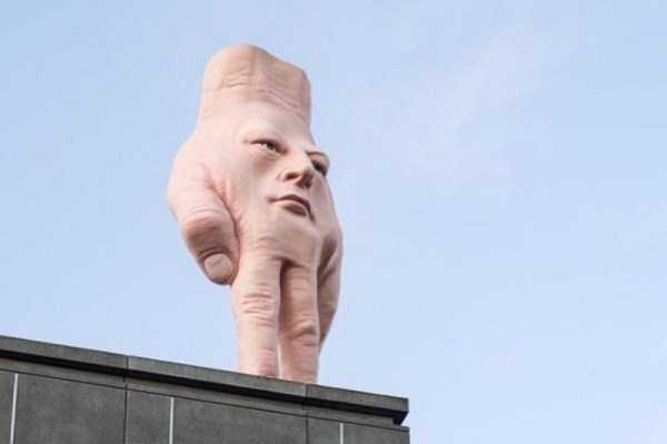 ridiculous-idiotic-sculptures (7)