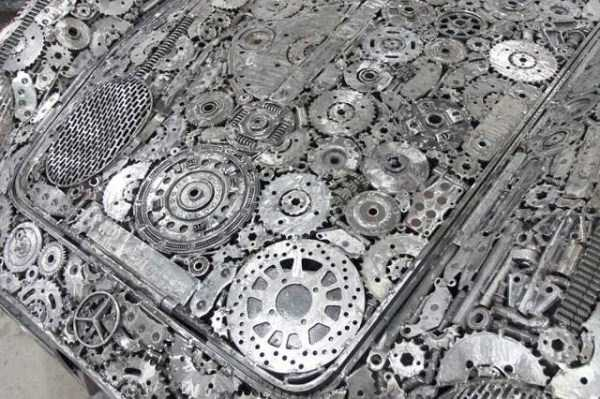 supercars-made-from-scrap-metal (6)