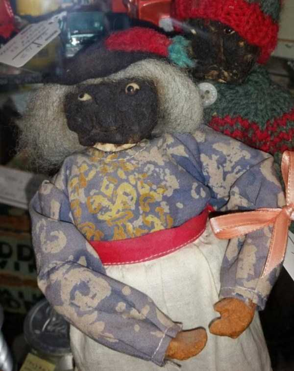 unusual-strange-things-from-antique-stores-2