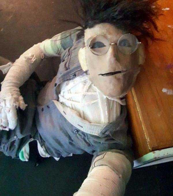 creepy-puppets-15