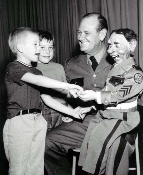 creepy-puppets-4