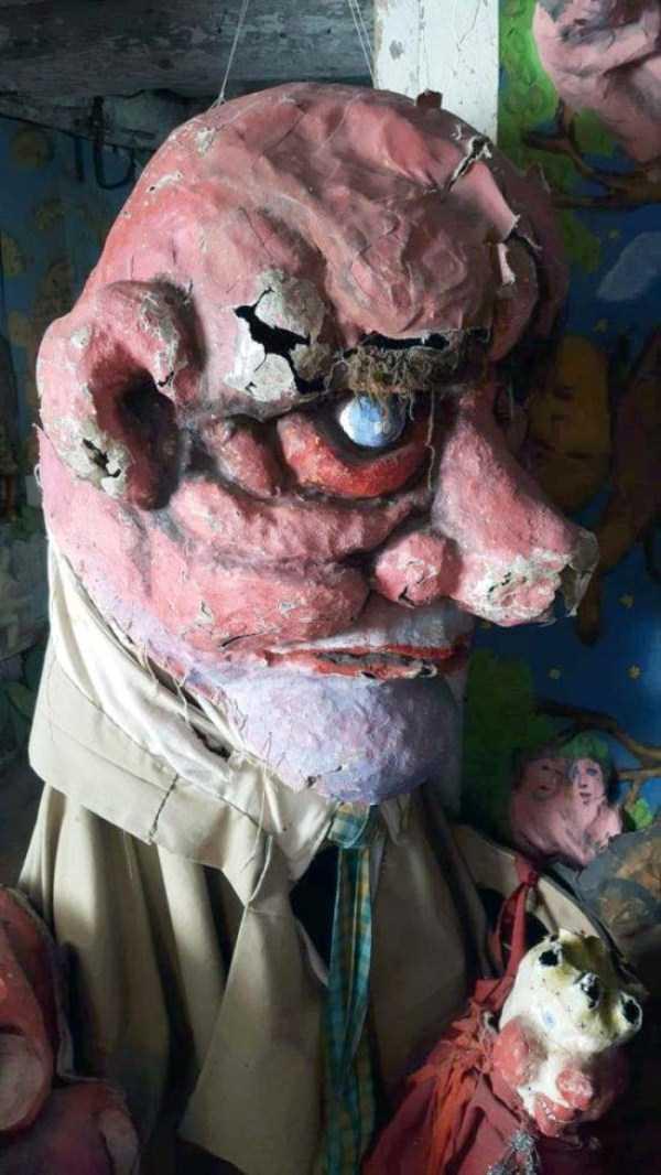 creepy-puppets-6