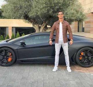 Cristiano Ronaldo Gets Trolled on the Internet (13 photos)