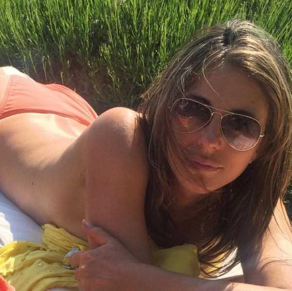elizabeth-hurley-sexy-pics-10