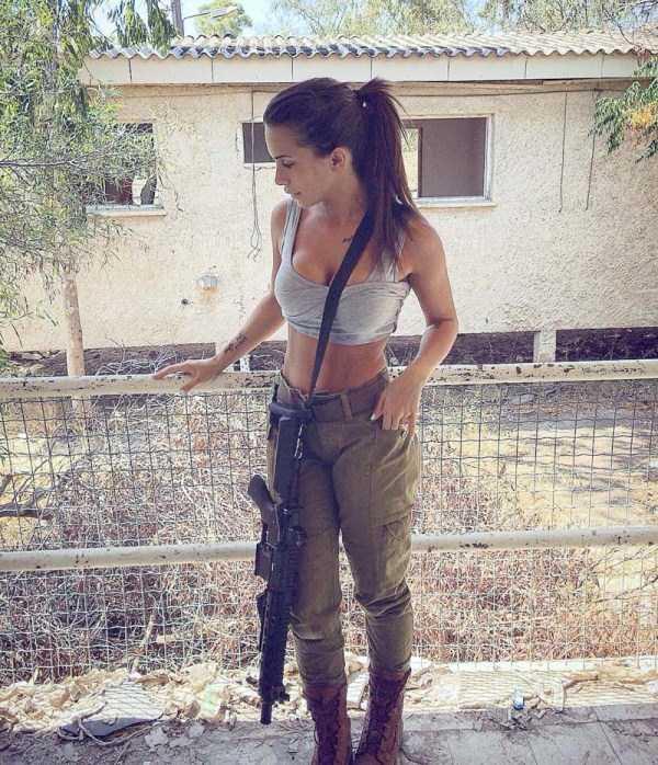hot-girls-israeli-army-11