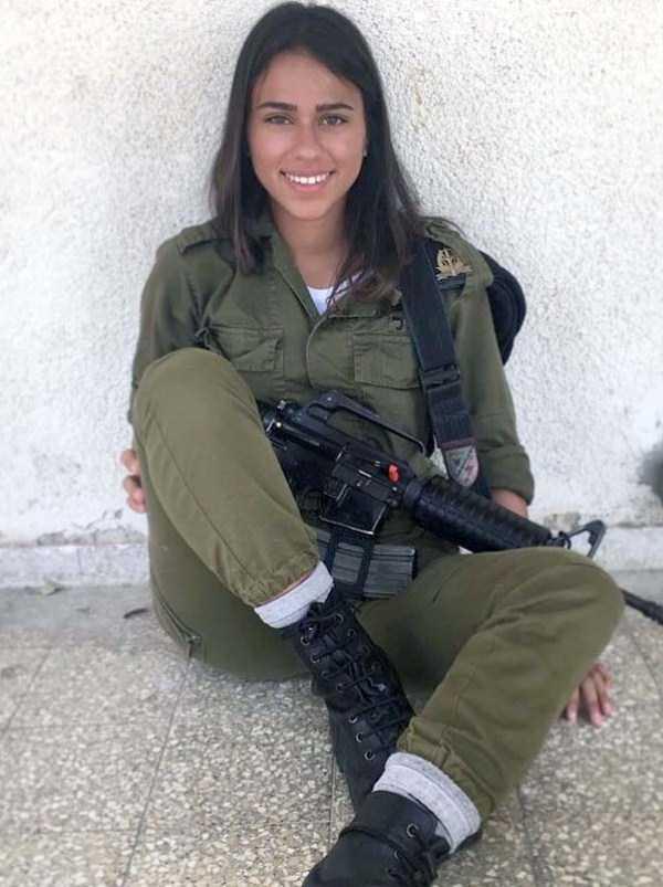 hot-girls-israeli-army-22