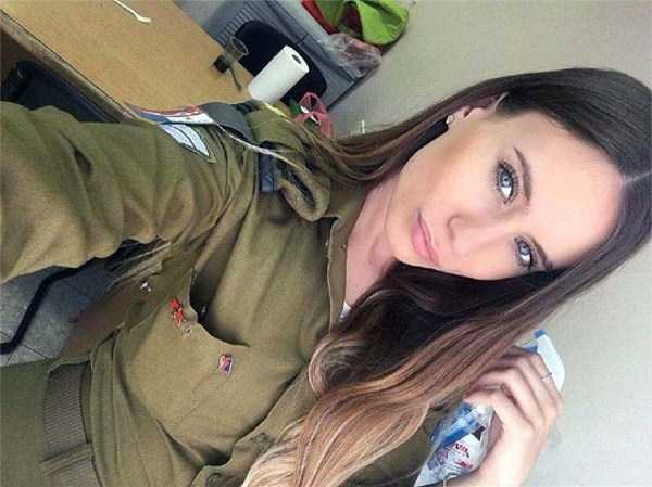 hot-girls-israeli-army-28
